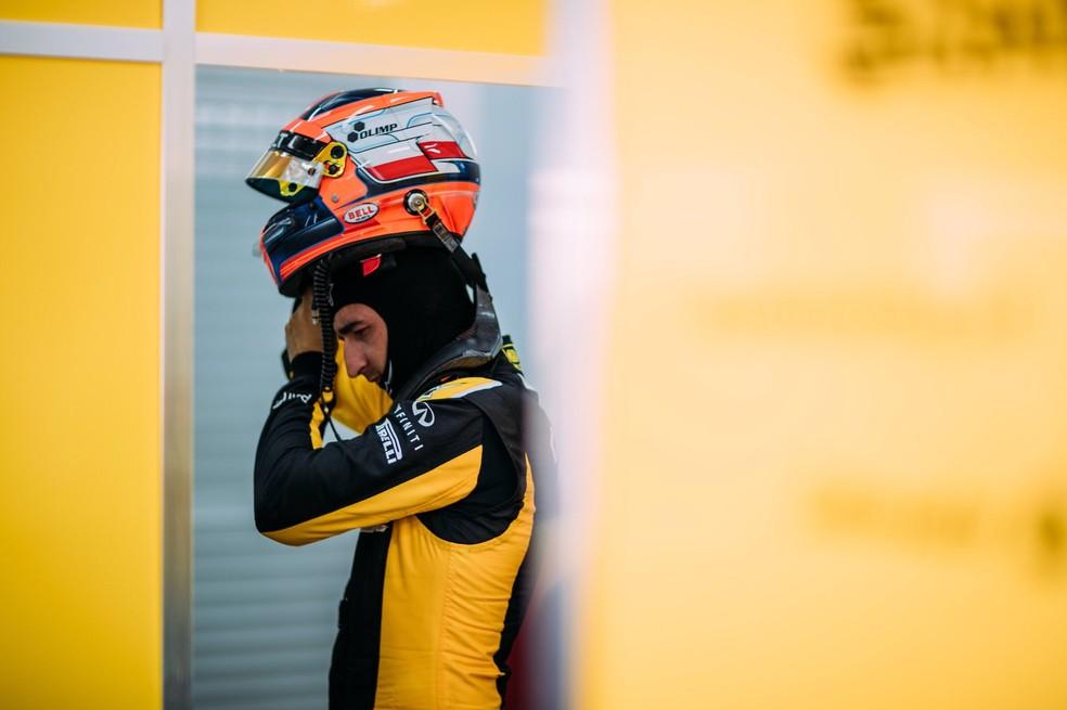 Polonês terá nova chance de testar um F1 (Foto: Reprodução/Twitter)