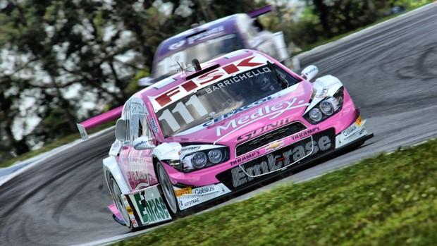 Rubens Barrichello Stock Car Outubro Rosa Curitiba (Foto: Miguel Costa Jr. / divulgação)