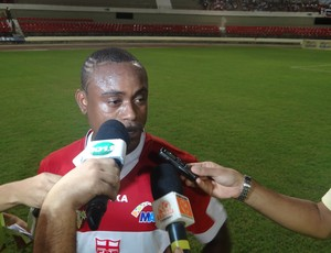 Zé Paulo, atacante do CRB (Foto: Leonardo Freire/GLOBOESPORTE.COM)