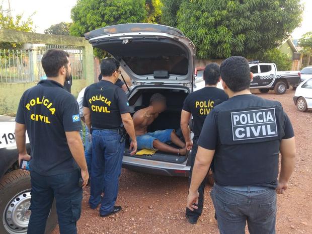 Prisões foram efetuadas durante operação (Foto: Assessoria/ Polícia Civil-MT)