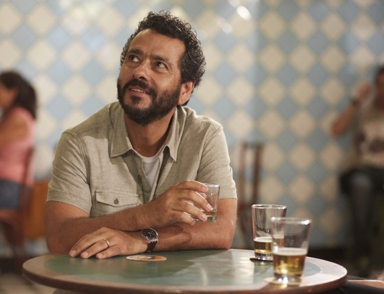 Marcos Palmeira em cena de E aí, comeu?, que estreia nesta segunda-feira (22) (Foto: Juliana Coutinho )