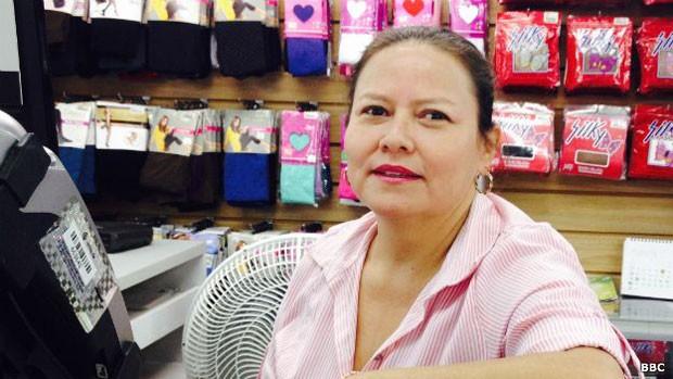 María Fernanda Leguizamón diz que na Colômbia há produtos que não se encontra na Venezuela (Foto: BBC Mundo)
