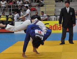 Rafaela Silva garantiu a medalha de ouro no Brasileiro Sênior em Natal (Foto: Divulgação/CBJ)
