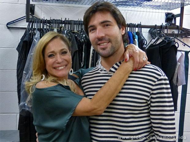 Susana Vieira não esconde o brilho no olhar (Foto: Amor à Vida / TV Globo)