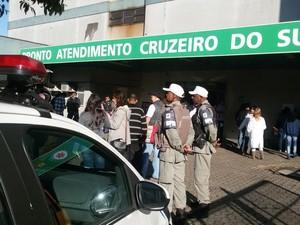 Policiais reforçam segurança na Vila Cruzeiro e posto de saúde reabre (Foto: Divulgação/Brigada Militar)