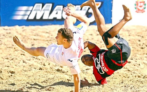 partida do Flamengo e Lokomotiv  pelo II Mundialito de Clubes de futebol de areia (Foto: William Lucas / Inovafoto)