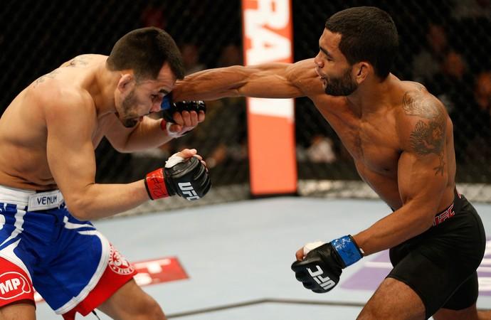 UFC Hugo Viana Wolverine e Junior Hernandez (Foto: Agência Getty Images)