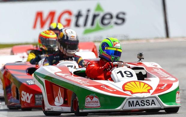 Felipe Massa no desafio das estrelas de kart (Foto: Divulgação)