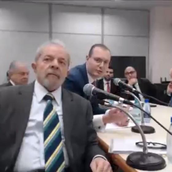 O ex-presidente Lula ,durante depoimento ao juiz Sergio Moro (Foto: Reprodução)