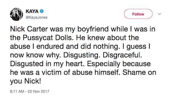 A mensagem compartilhada por Kaya Jones criticando a postura de seu ex-namorado, Nick Carter, acusado de abuso sexual (Foto: Twitter)