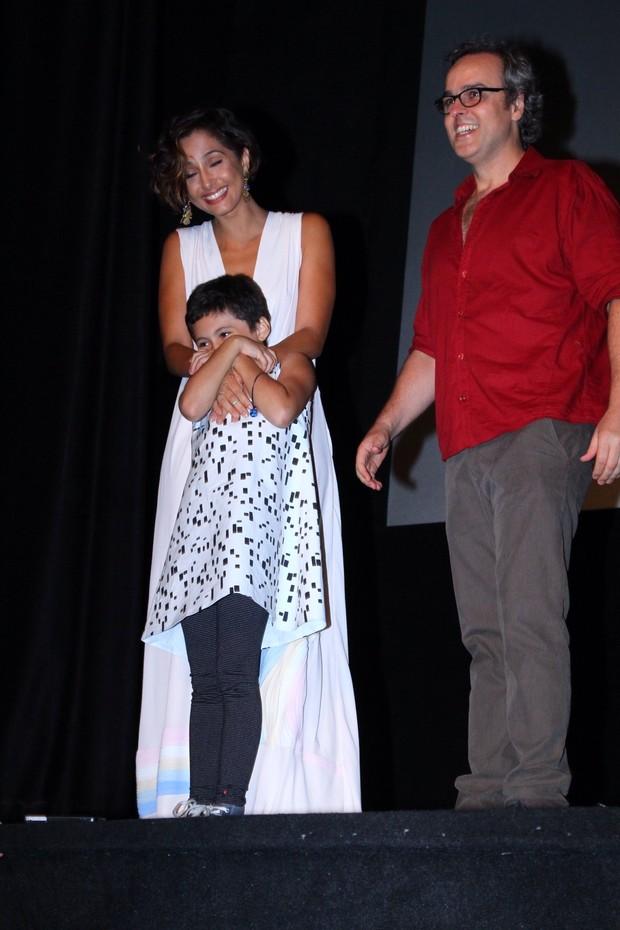 Camila Pitanga leva a filha Antonia em estreia do documentário sobre Antônio Pitanga no Festival do Rio (Foto: Anderson Borde/Ag. News)