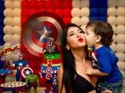 Priscila Pires faz festa para o caçula e brinca: 'Fui obrigada a sair da dieta'