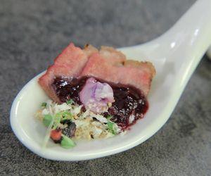 Magret de pato com molho de frutas vermelhas: receita de Jéssica no 'The Taste'