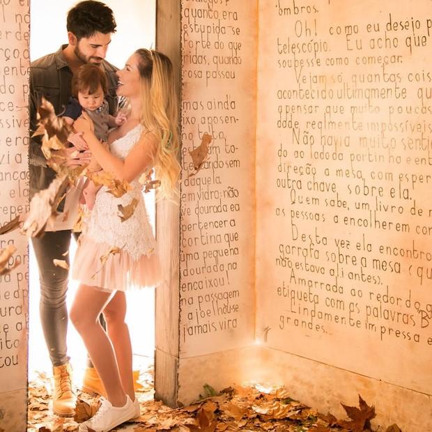 Adriana Sant'Anna, Rodrigão e o filho (Foto: Estudio Lidi Lopez / Instagram)