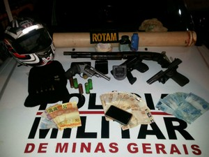 ASSALTO CLÁUDIO SÍTIO (Foto: Polícia Militar/Divulgação)