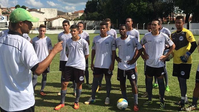 Rubens Cardoso Treinador Amparo Segunda Divisão Paulista (Foto: Arquivo Pessoal / Rubens Cardoso)