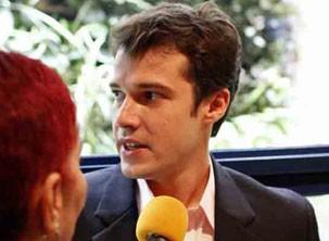 Jayme Matarazzo será Maurício, um playboy que abandona o emprego na agência do pai para se descobrir (Foto: Divulgação/TV Globo)