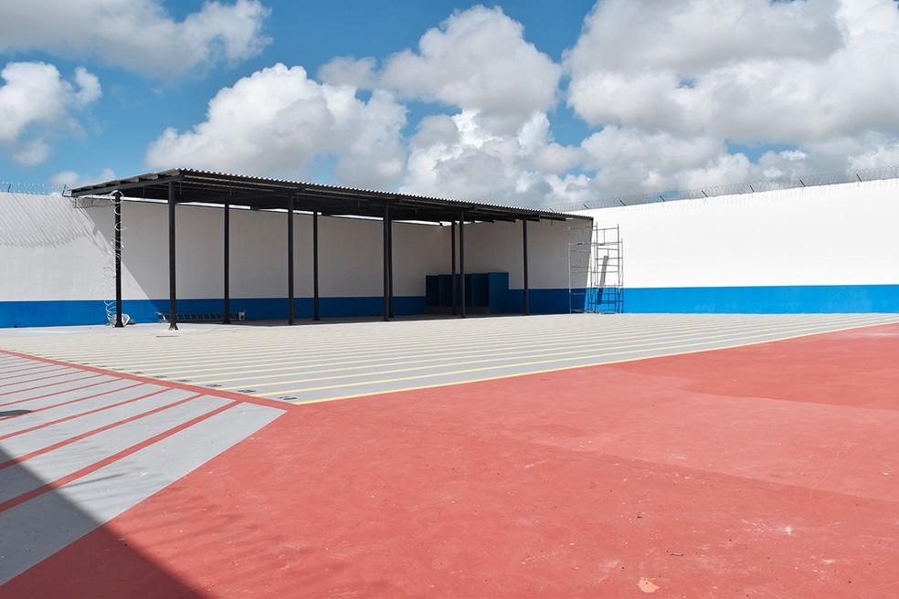 Pátio do pavilhão 3, reformado  (Foto: Bethise Cabral )
