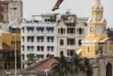 Tetracampeão estreia com vitória no Mundial de Salto de Penhasco