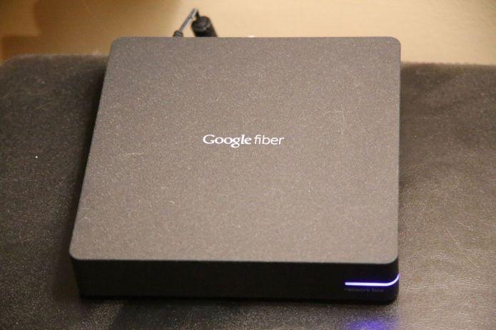 Aparelho do Google Fiber, que oferece conexão banda larga (Foto: Wikimedia Commons)