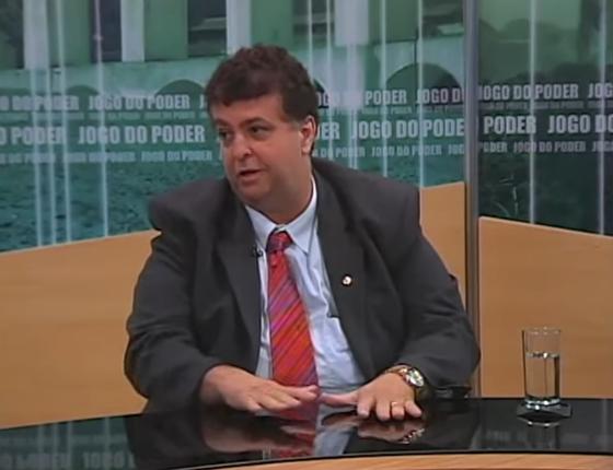 O ex-deputado federal Adrian Mussi foi candidato à prefeitura de Rio das Ostras (RJ) pelo PHS (Foto: Reprodução/ Youtube)