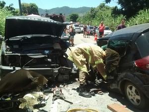 Ultrapasagem irregular teria provocado batida em Maricá (Foto: Lei Seca Maricá)