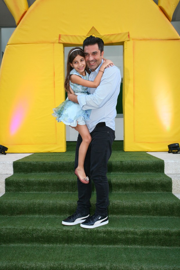 Eduardo Guedes e a filha, Maria Eduarda (Foto: Amauri Nehn/Brazil News)