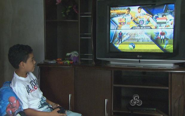Tecnologia deve ser usada em benefício das crianças (Foto: Roraima TV)
