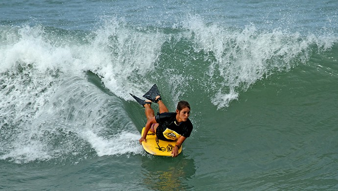 Isabela Sousa, bodyboarder cearense (Foto: Lima Jr.)