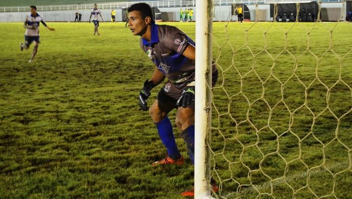 Babau, goleiro do Atlético-AC (Foto: Duaine Rodrigues)