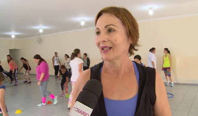 Aluna fala orgulhosamente do grupo  (Foto: Reprodução / TV Diário )