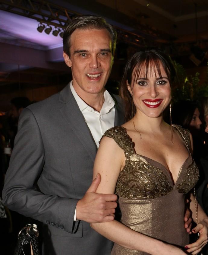 Dalton e a mulher, na festa de 'I Love Paraisópolis' (Foto: Marcos Rosa/TV Globo)
