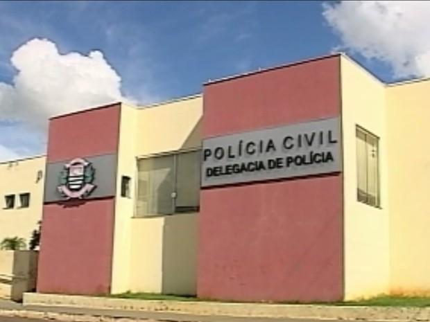 Presos fugiram de cadeia de Lutécia (Foto: Reprodução / TV TEM)