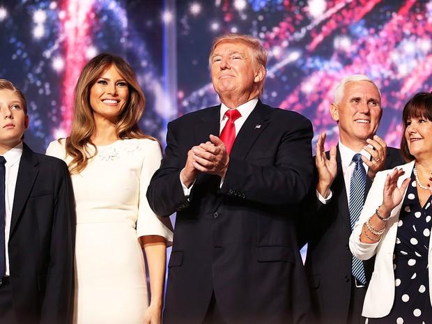 Trump aceita oficialmente candidatura e diz que vai restaurar 'lei e ordem'