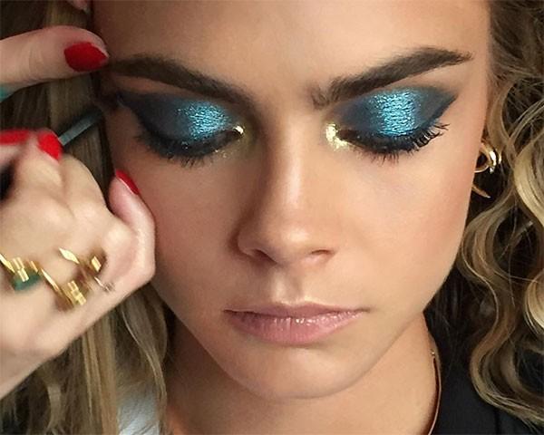 O azul metálico é uma cor marcante e atual (Foto: Reprodução/Instagram)