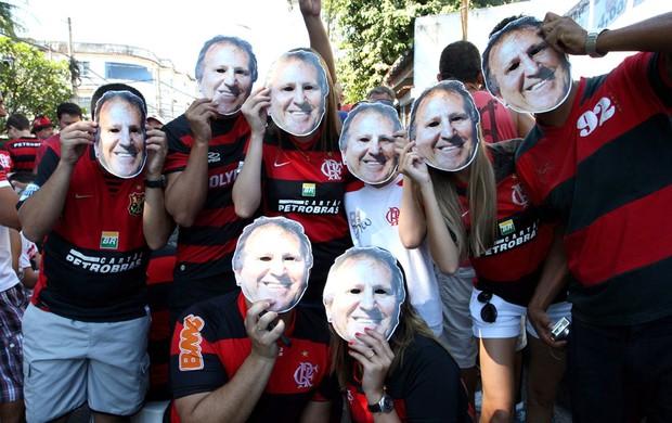 torcida do Flamengo no Engenhão para o jogo com o Botafogo (Foto: Guilherme Pinto / Ag. O Globo)