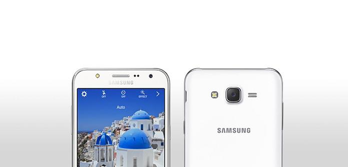 Galaxy J7 tem câmera traseira de 13 mgepixels e frontal com 5 MP (Foto: Divulgação/Samsung)