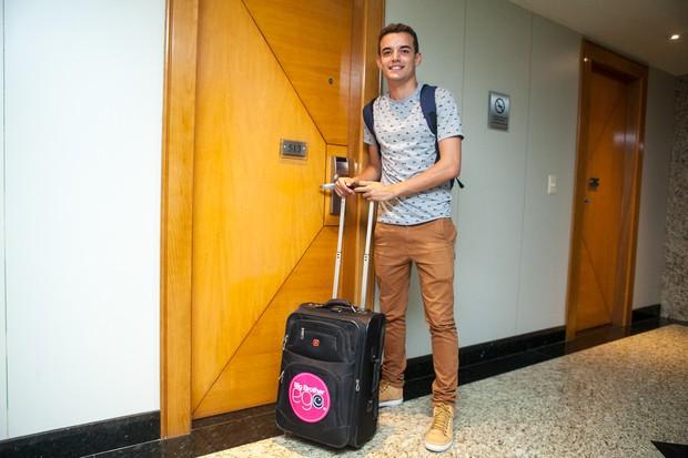 Yuri Fernandes, repórter do EGO, é confinado (Foto: Anderson Barros / EGO)