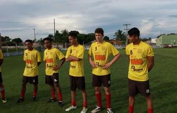 Colinas apresenta técnico e parte do elenco para o Tocantinense