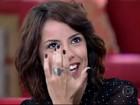 Andreia Horta é surpreendida com depoimento do irmão e chora