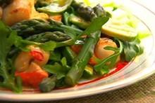 Salada de aspargos e ervilha da Annabel