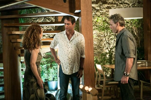 Laila (Laila Garin), Jorginho (Marcello Antony) e Gordo (Herson Capri) (Foto: Globo/ Raquel Cunha)