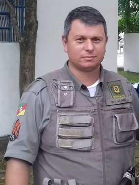 Juliano Oliveira futebol feminino Arambaré comandante Brigada Militar (Foto: Arquivo Pessoal)