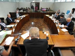 Reunião da Comissão de Constituição e Justiça foi realizada nesta terça-feira (2) (Foto: Sandro Nascimento/Alep/ Divulgação)
