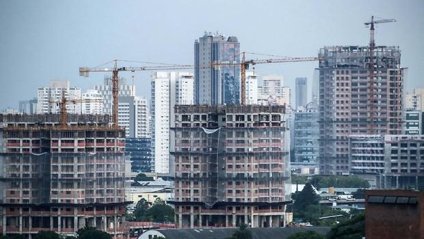 Imóveis novos ; prédios em construção ; construção civil ; construtoras ;  (Foto: Reprodução/Facebook)