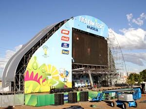 Palco do Fifa Fan Fest no DF (Foto: Vianey Bentes/TV Globo)