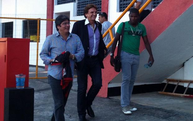 Lúcio Maranhão chega ao Vitória (Foto: Raphael Carneiro/Globoesporte.com)