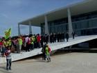 Em Brasília, índios protestam contra proposta para demarcação de terras