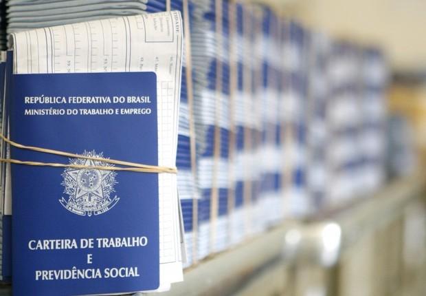 Emprego ; carteira de trabalho ; trabalho formal ; vagas de trabalho ; Caged ; contratação de mão de obra ;  (Foto: Arquivo/Agência Brasil)