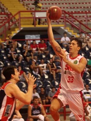 Basquete Cearense vence líder Limeira, no ginásio Paulo Sarasate (Foto: Divulgação/ Basquete Cearense)
